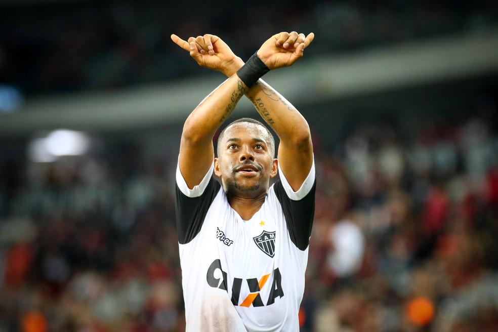Robinho pode ser o meia do Santos em 2018 (Foto: Bruno Cantini/ Atlético-MG)