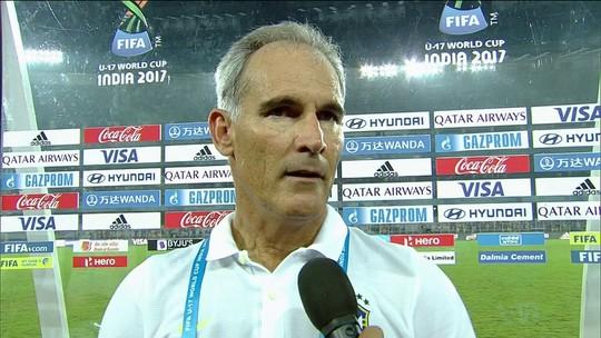 """Amadeu cita Inglaterra """"eficaz"""" e exalta campanha do Brasil: """"Muito contente"""""""