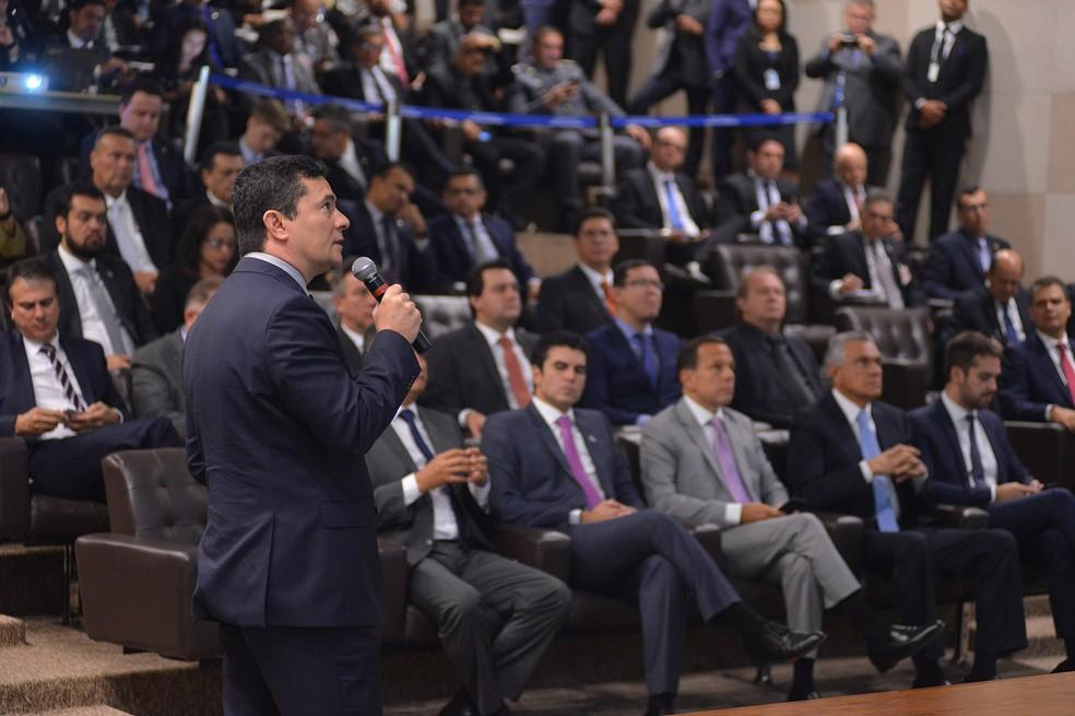 Moro apresentou os pontos do projeto de lei anticrime em reunião com governadores em Brasília — Foto: Isaac Amorim/Ministério da Justiça