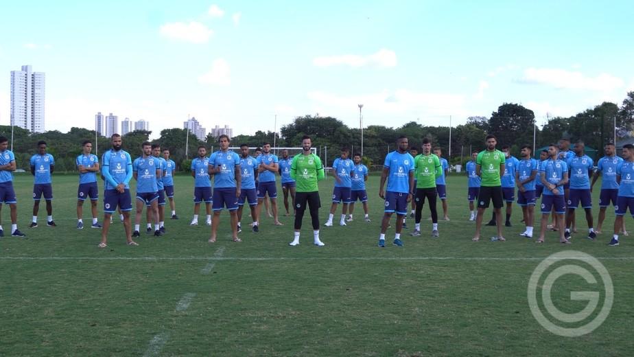 Elenco se recusa a jogar, e Goiás decide não entrar mais em campo pelo Campeonato Goiano
