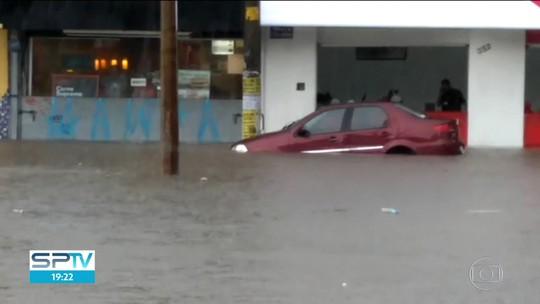 Chuva provoca alagamentos no Ipiranga e em cidades do ABC Paulista