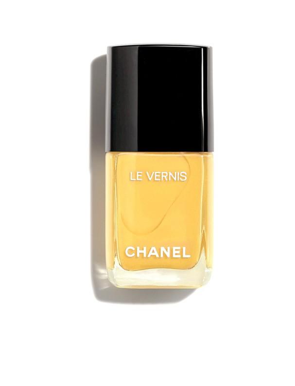 Esmalte amarelão da Chanel ($ 28) (Foto: Divulgação)