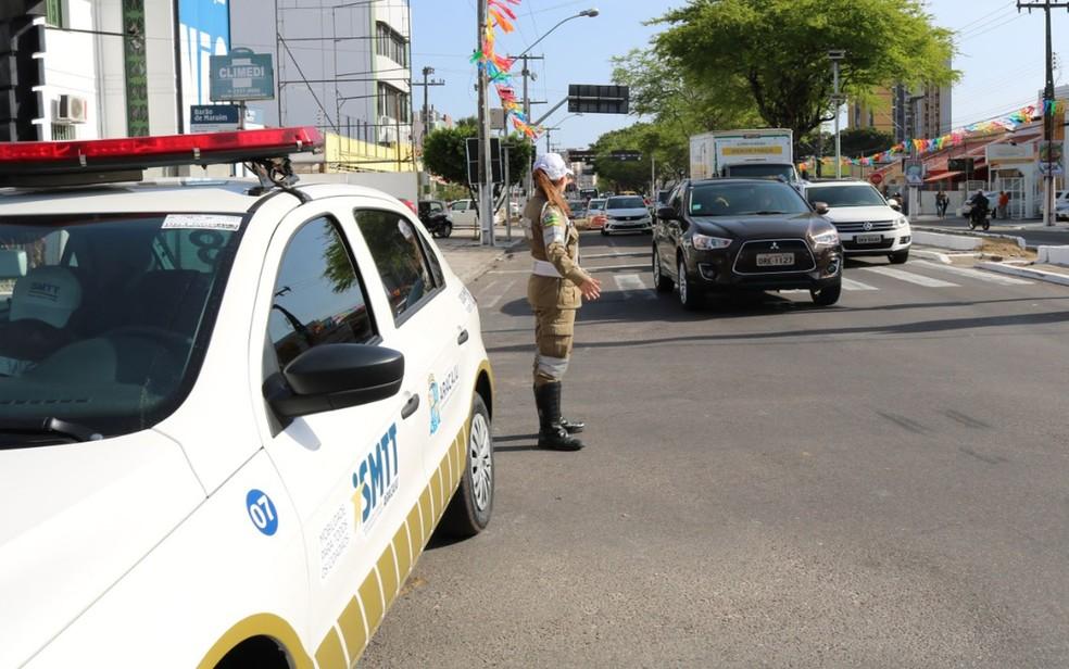 Agentes de trânsito SMTT Aracaju — Foto: SMTT/Divulgação/Arquivo