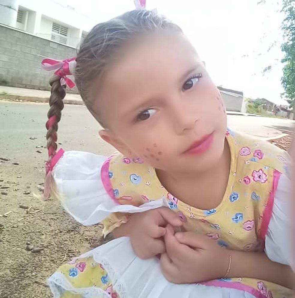 Yasmin Lemos Campos, de 4 anos, morreu após ser picada por um escorpião no quintal de casa em Cabrália Paulista — Foto: Arquivo pessoal