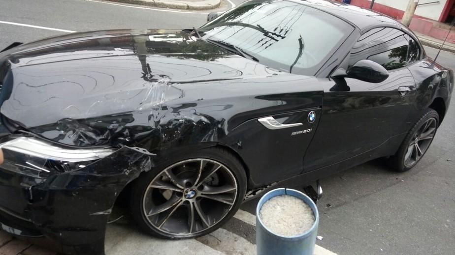 Victor Luis sofre acidente com BMW e perde treino, mas sai sem ferimentos