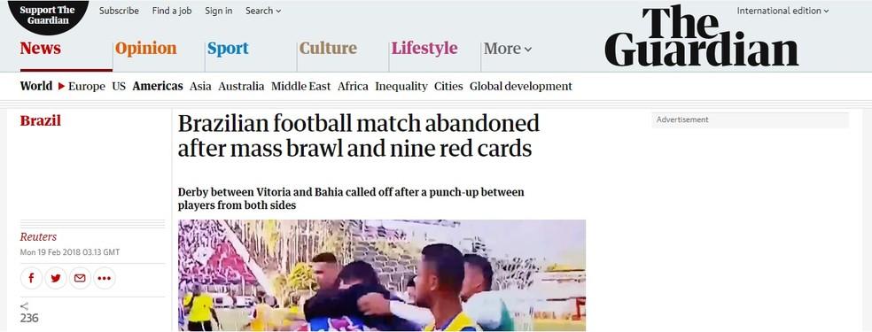 The Guardian também abordou o encerramento da partida pelo número de expulsões no Vitória (Foto: Reprodução)