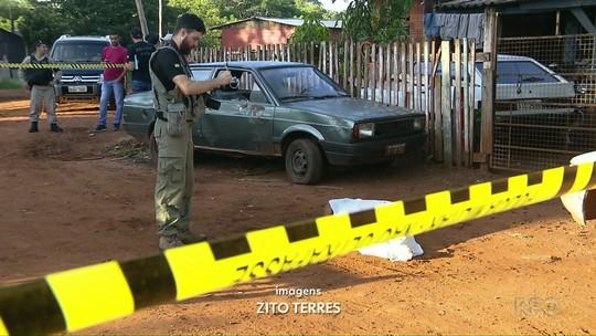 Jovem é encontrado morto com vários tiros em área de invasão em Foz do Iguaçu