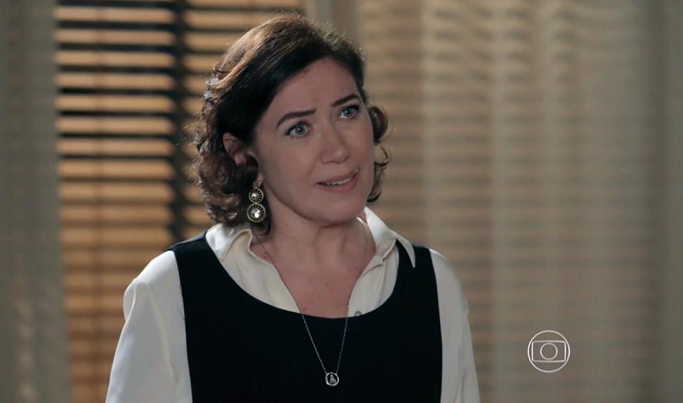 Maria Marta (Lilia Cabral) diz para José Alfredo (Alexandre Nero) dar mais atenção a Cristina (Leandra Leal) - 'Império' — Foto: Globo