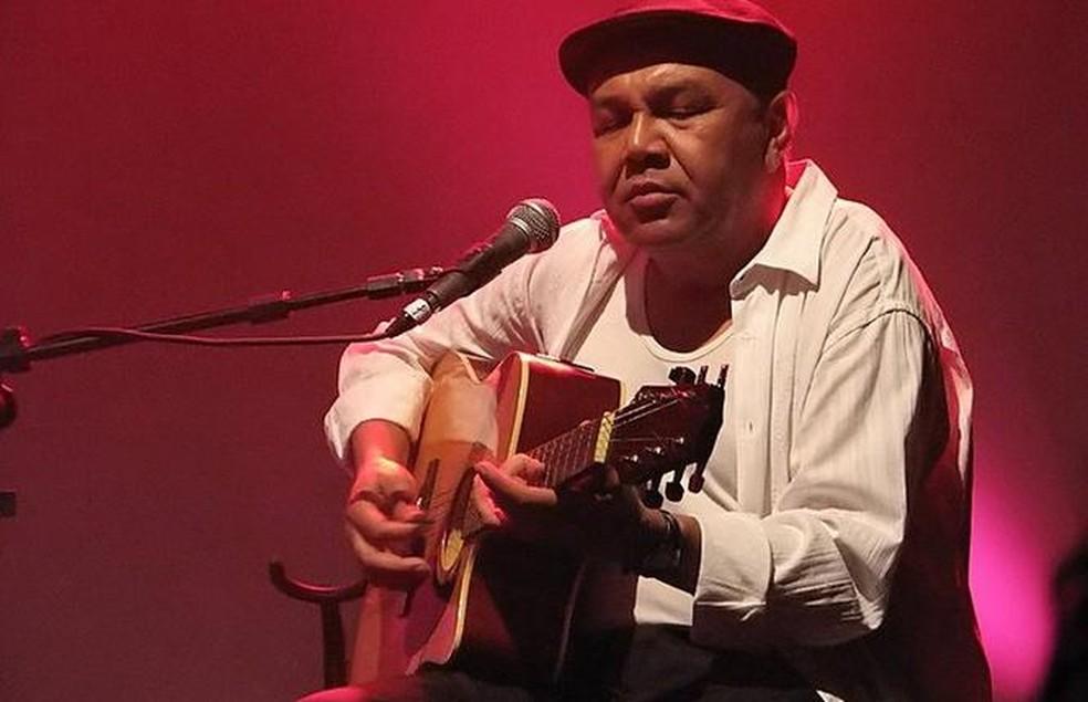 Renato Piau tocou durante quase 40 anos com Luiz Melodia — Foto: C. Telles