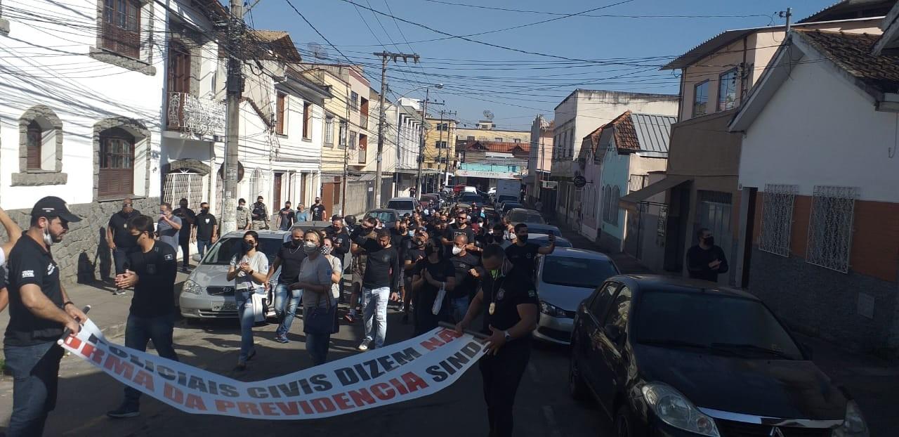 Policiais civis e penais manifestam contra a Reforma da Previdência na Zona da Mata e Vertentes