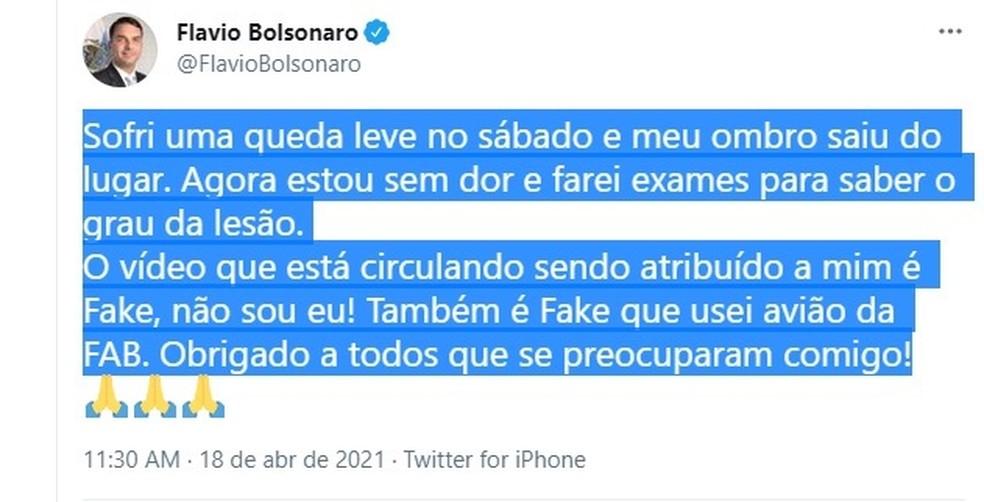 Flávio Bolsonaro comentou neste domingo (18) acidente em que deslocou o ombro — Foto: Reprodução/Twitter