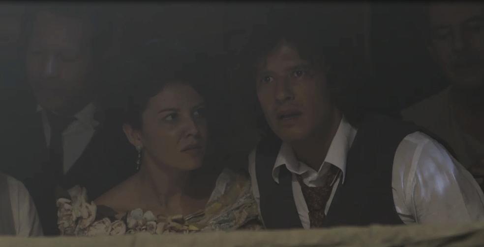 Edmundo reconhece Ernesto no ringue e chama pelo amigo do Vale do Café (Foto: TV Globo)