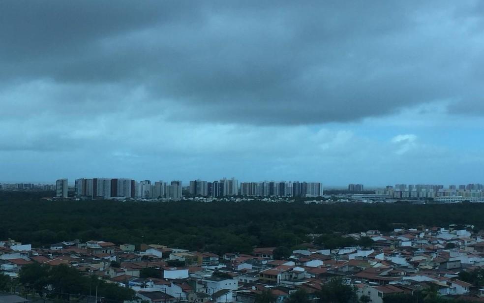 Tempo nublado em Aracaju — Foto: Joelma Gonçalves/G1/Arquivo