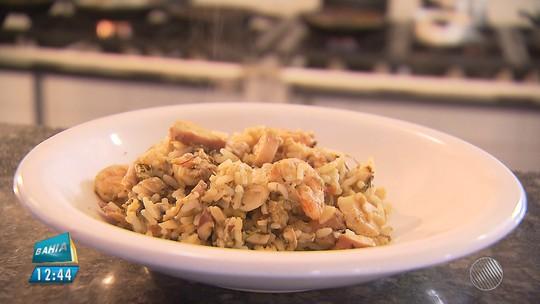 Panela de Bairro ensina receita de arroz com mariscos