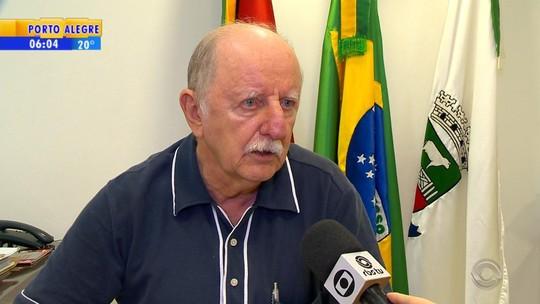 Após vídeo com denúncia de assédio sexual, prefeito de Não-Me-Toque proíbe uso de celular