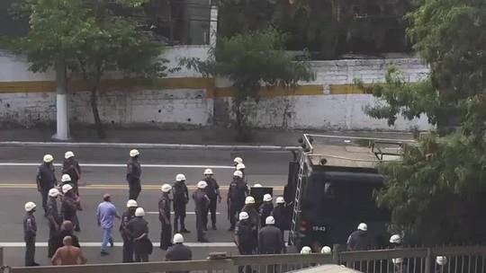 Torcedores organizados do São Paulo brigam fora do Morumbi; 10 são detidos