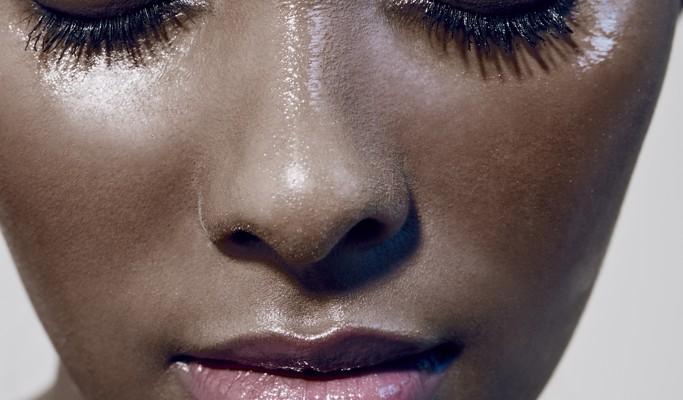 Fim de férias: como controlar a oleosidade da pele