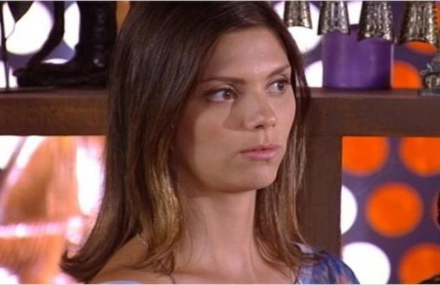 Na segunda-feira (13), Luana (Joana Lerner) avisará a Renê (Dalton Vigh) que ele terá uma grande decepção  (Foto: Reprodução)