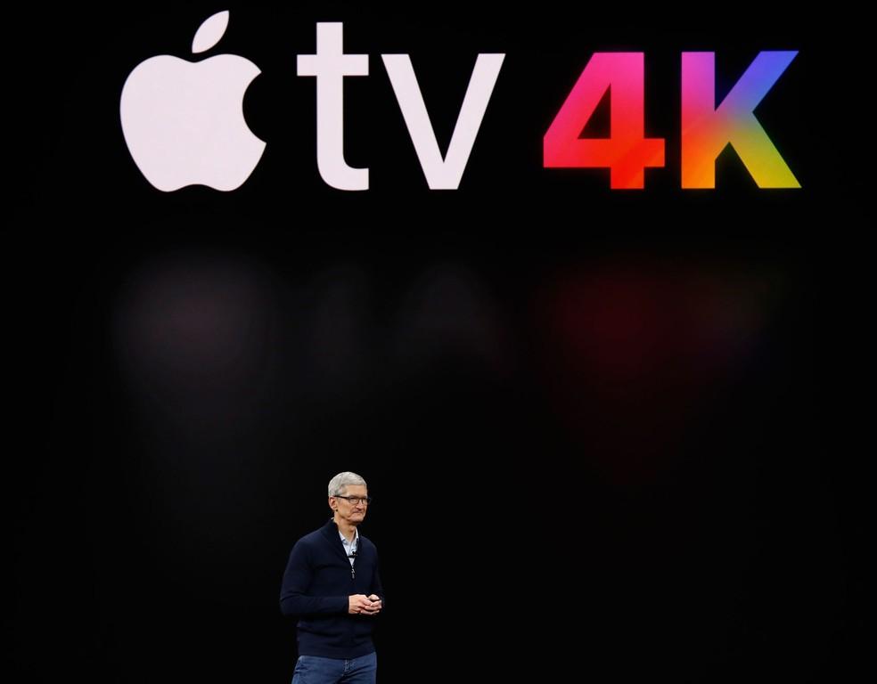 O CEO da Apple, Tim Cook, fala sobre a Apple TV durante evento de laçamento da empresa em Cupertino, na Califórnia, nesta terça-feira (12) (Foto: Stephen Lam/Reuters)