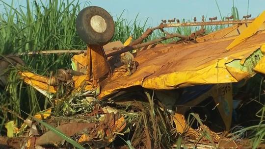 Avião de pequeno porte cai em canavial entre Guapiaçu e Rio Preto