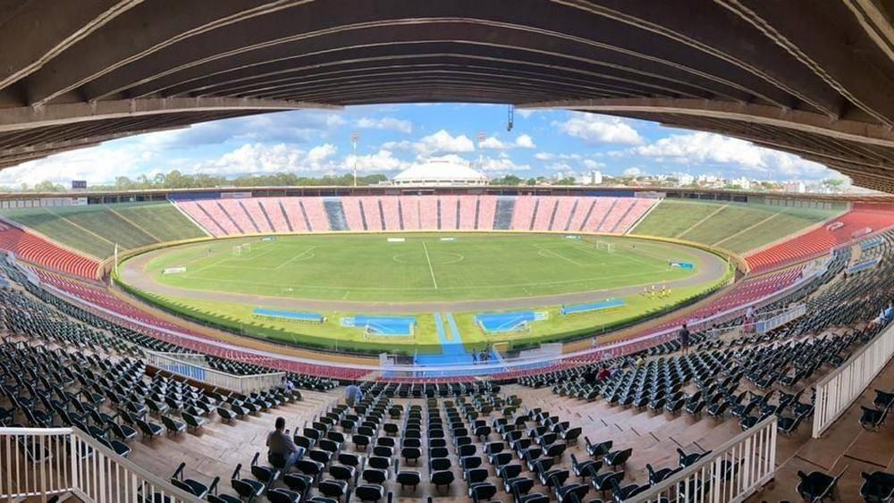 Palco de grandes jogos e shows, estádio Parque do Sabiá completa 38 anos