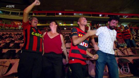 Jovem adotado em campanha do Sport leva família à Ilha do Retiro e é pé quente em vitória
