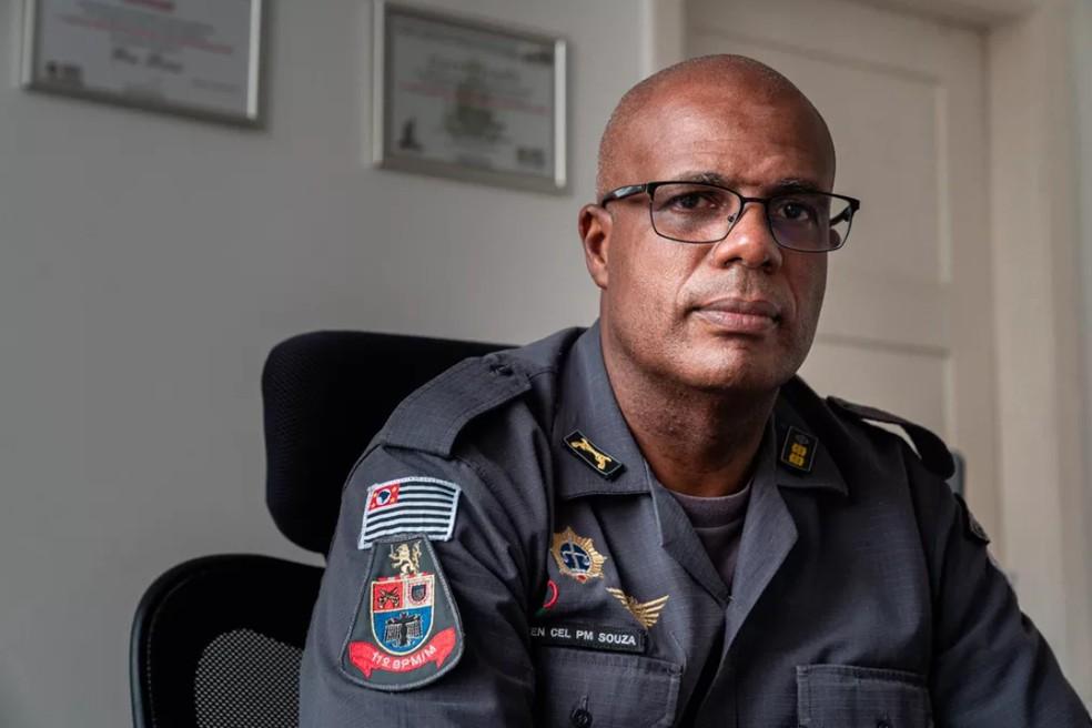 Tenente-coronel Evanilson está reformulando manual de Direitos Humanos da PM de SP — Foto: Marcelo Brandt/G1