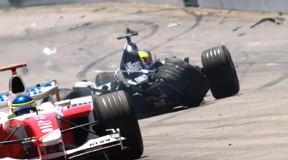 Ralf Schumacher sofreu sério acidente em Indianápolis, em 2004 — Foto: Getty Images