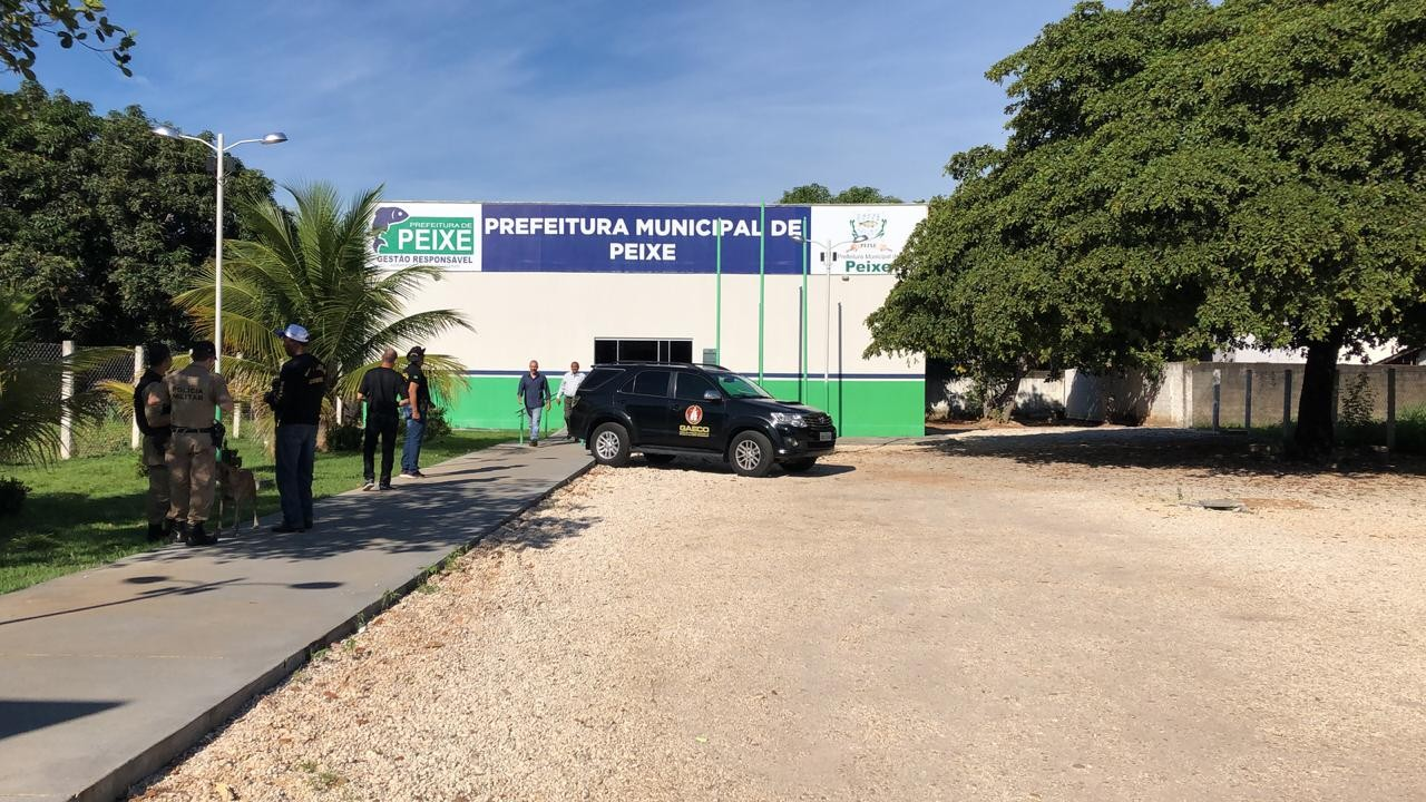 Operação investiga fraude em licitações na prefeitura de Peixe - Noticias