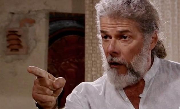 José Mayer é Pereirinha em 'Fina estampa' (Foto: Reprodução)