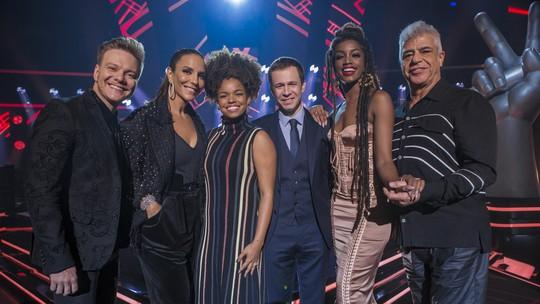 'The Voice': Veja os looks dos técnicos e apresentadores na estreia do programa