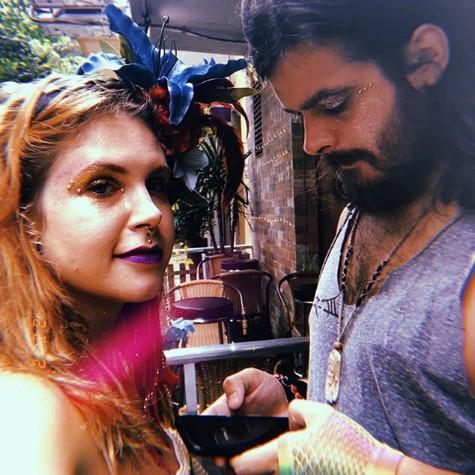 Carolinie Figueiredo com o namorado, Lucas Rangel (Foto: Reprodução)