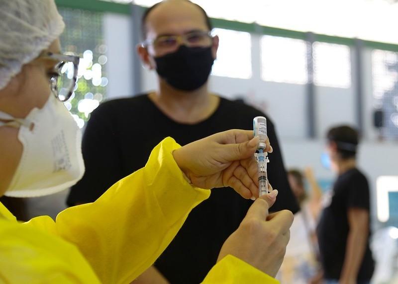 Mossoró abre vacinação contra Covid para pessoas a partir dos 53 anos