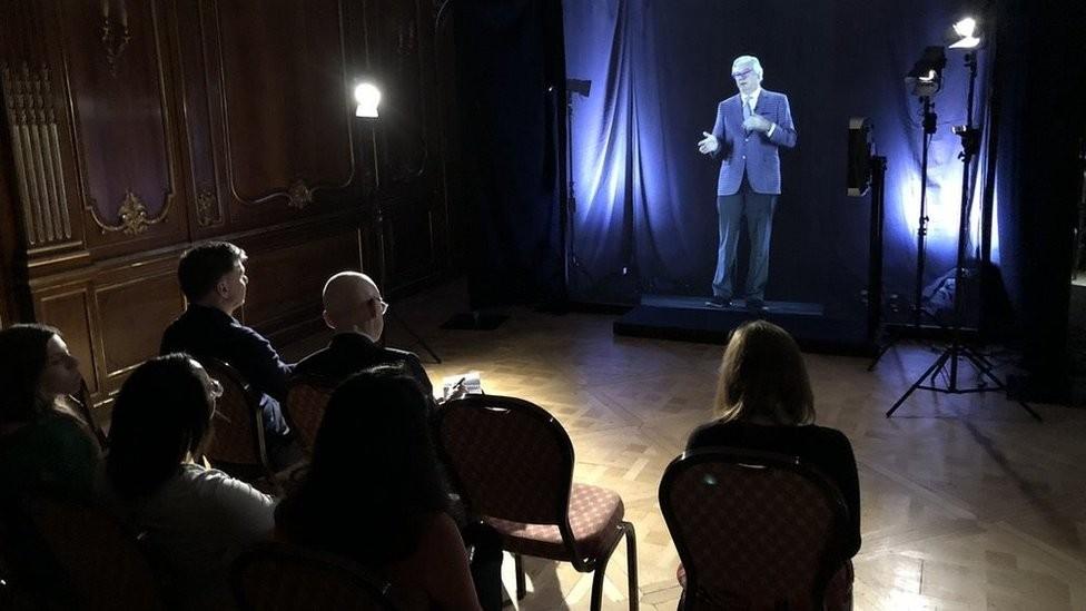 """Alunos da universidade Imperial College, em Londres, vão ter aulas com """"professores holográficos"""" (Foto: Imperial College/Divulgação)"""