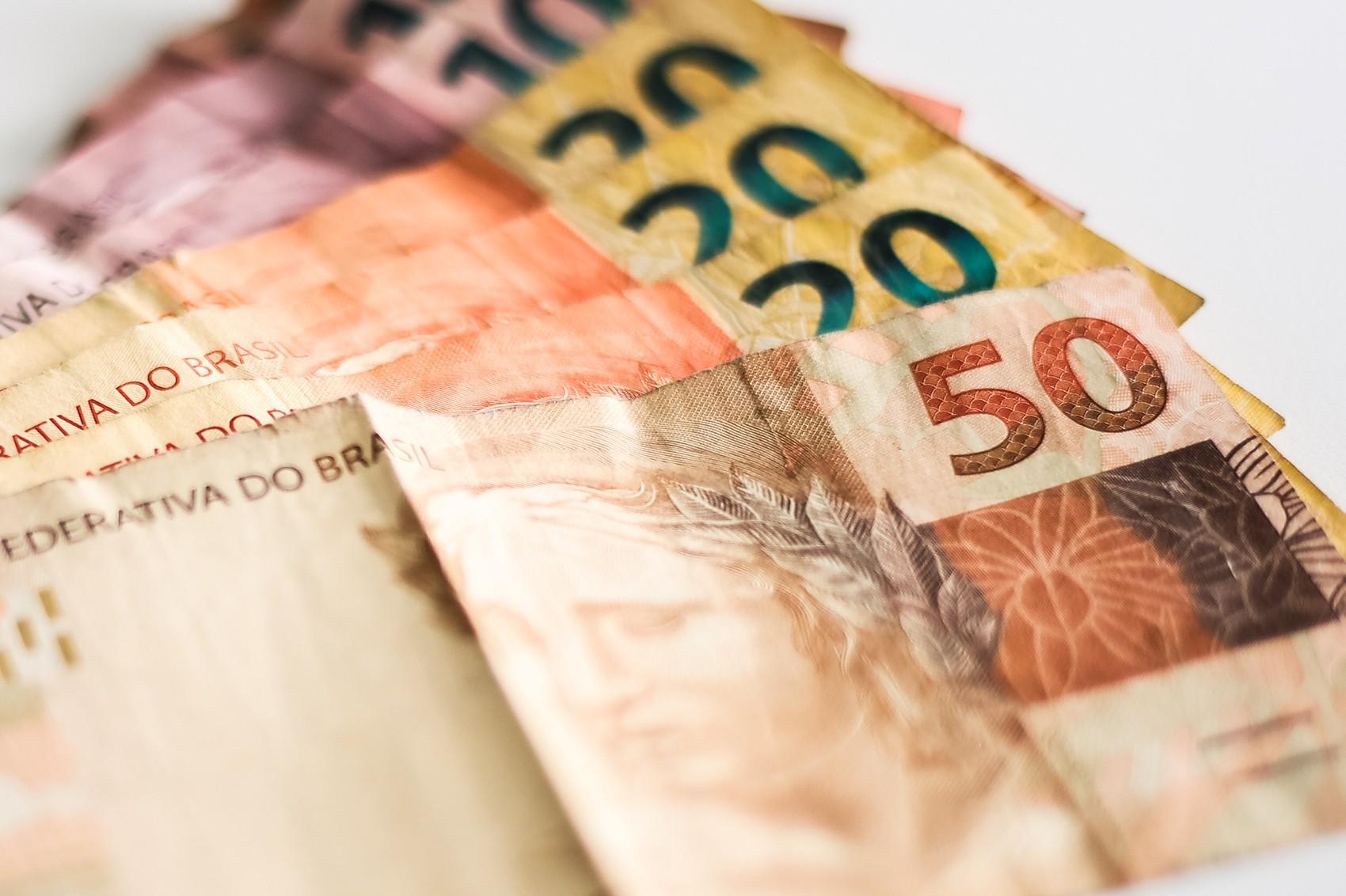 Maioria dos municípios do Amapá paga parcelado o 13º salário dos servidores públicos em 2020