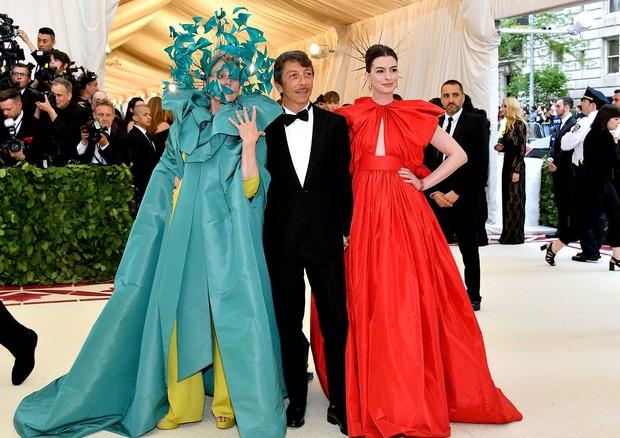 Com Anne Hathaway e Frances MacDormand (Foto: Divulgação)