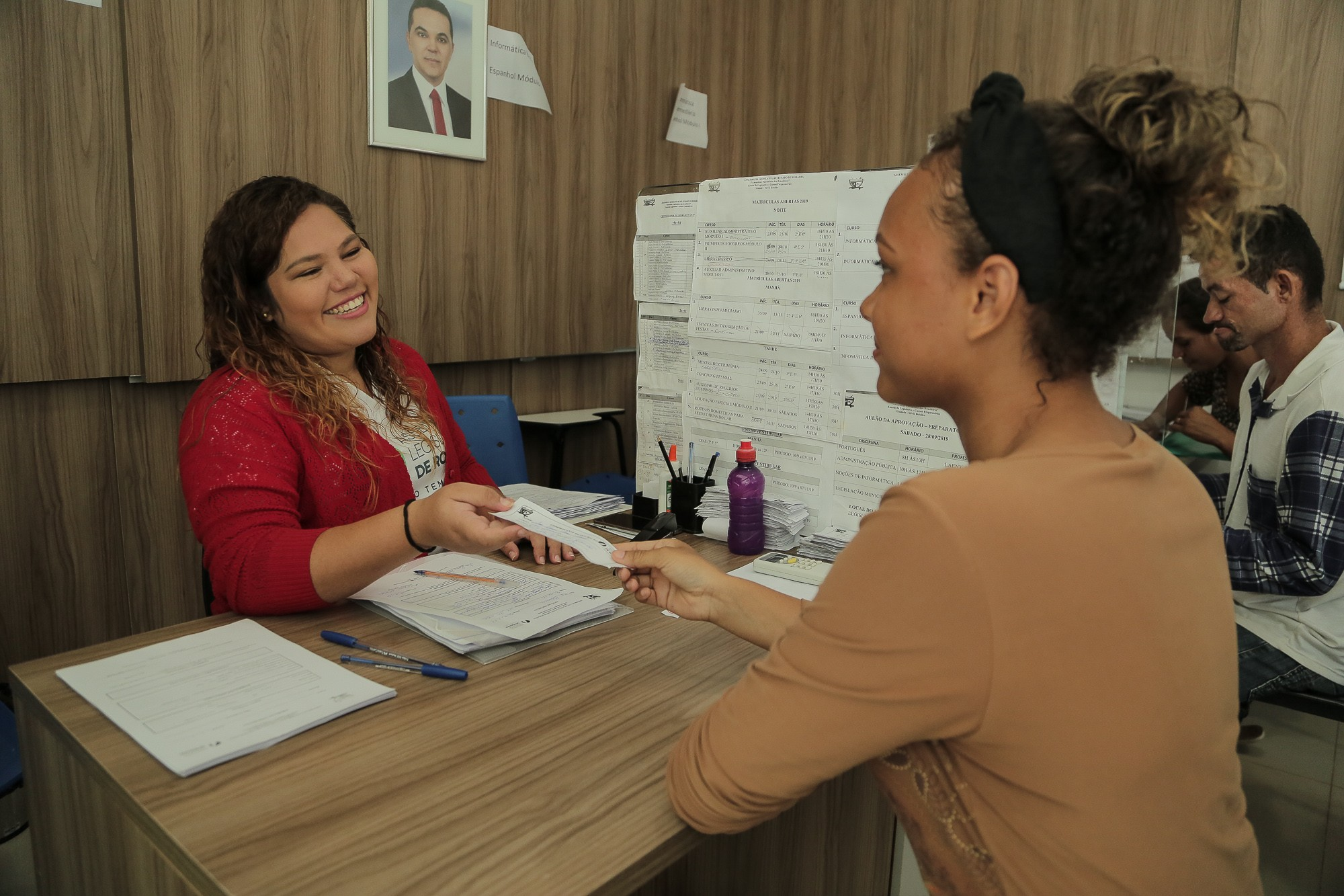 Escola do Legislativo abre mais de 3 mil vagas em cursos gratuitos de capacitação no interior de RR - Notícias - Plantão Diário