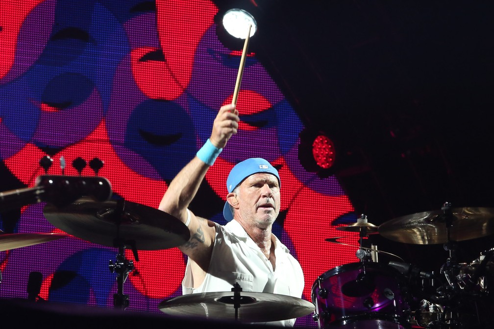 Chad Smith toca no show do Red Hot Chili Peppers no Rock in Rio 2017 (Foto: Fábio Tito/G1)