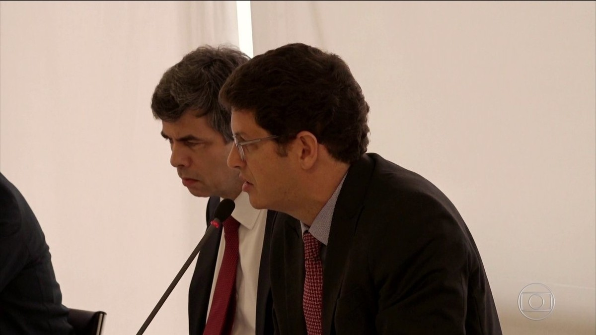 Procuradores enviam à PGR representações contra Ricardo Salles por declarações em reunião thumbnail