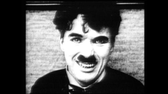 Charlie Chaplin descobriu sua veia artística aos 5 anos. Saiba como