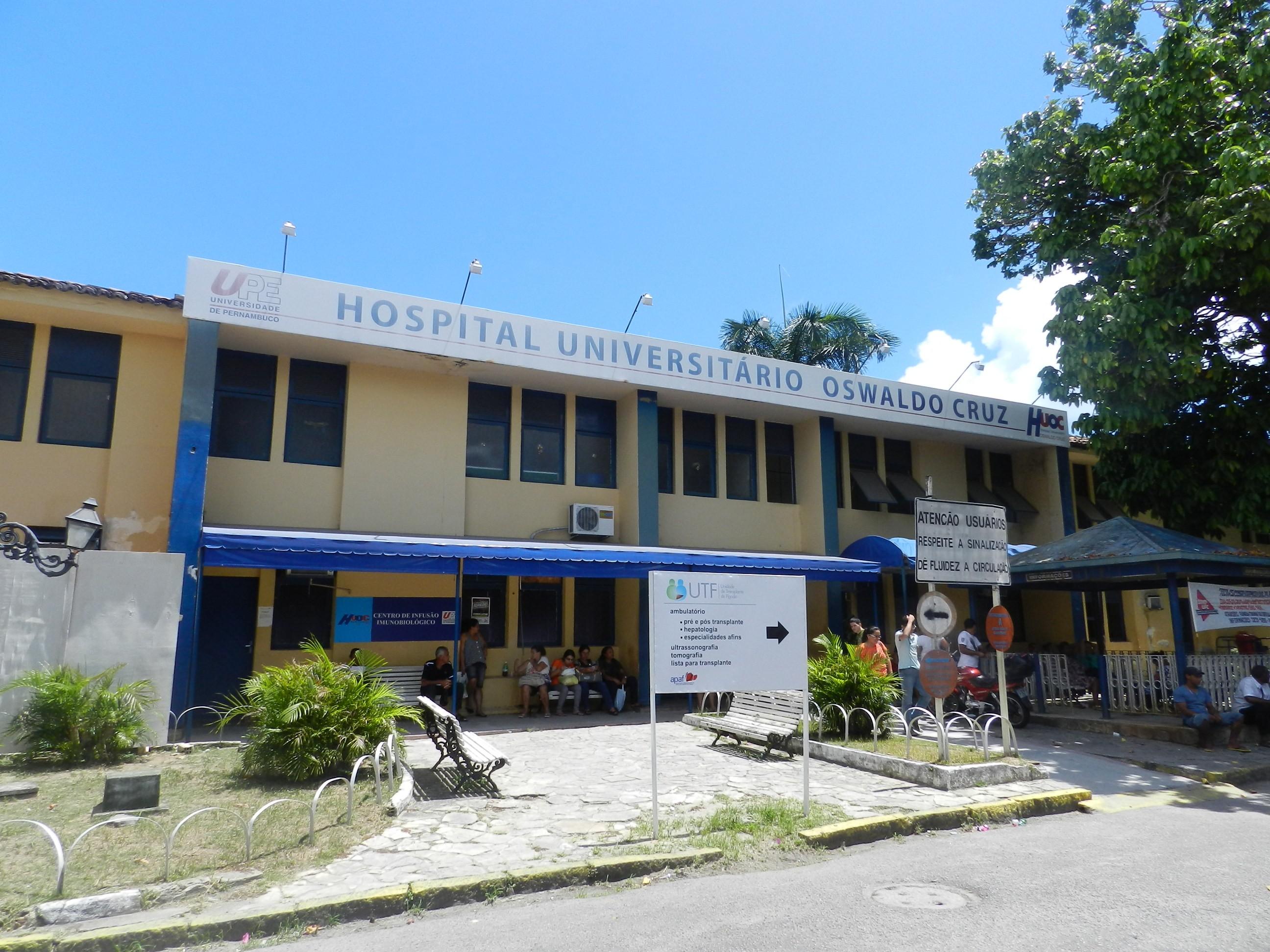 Governo de Pernambuco autoriza contratação de 42 médicos para complexo hospitalar da UPE