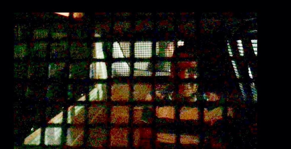 Professor suspeito de estupro foi preso pela Depca, em MS (Foto: Ricardo Mello/TV Morena)