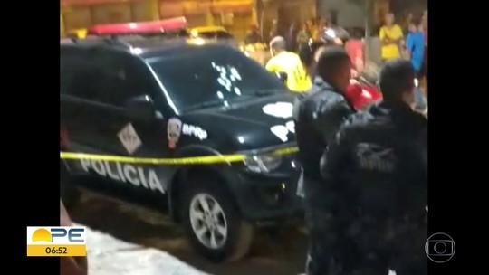 Perseguição policial tem troca de tiros e suspeito de roubar carro ferido no Grande Recife