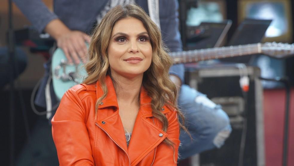 Aline Barros participa do 'Altas Horas' e canta com Marcos, da dupla com Belutti â�?�? Foto: Divulga�?§�?£o Globo