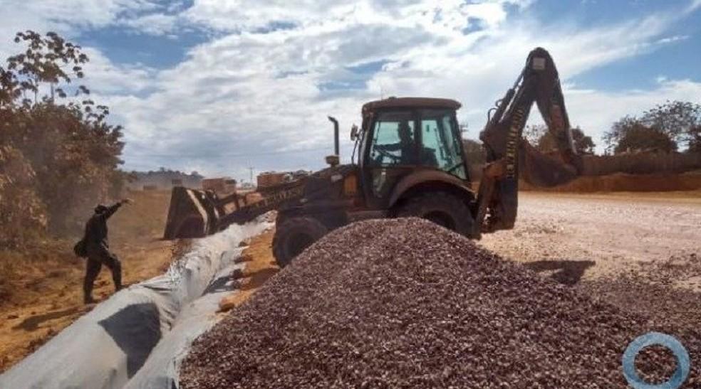 Exército contará com civis nos serviços de pavimentação da BR-163, na operação Xingu — Foto: Exército/Divulgação
