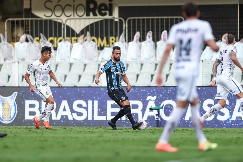 Maicon em Santos 2 x 1 Grêmio — Foto: Lucas Uebel/Grêmio FBPA
