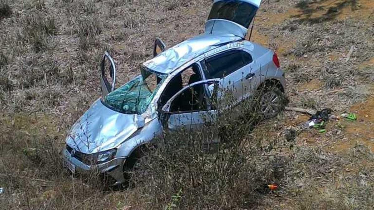 Mulher morre em acidente na RJ-186, em Itaperuna