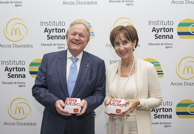 Woods Staton, presidente do conselho de administração da Arcos Dorados, e Viviane Senna, presidente do Instituto Ayrton Senna (Foto: Divulgação)