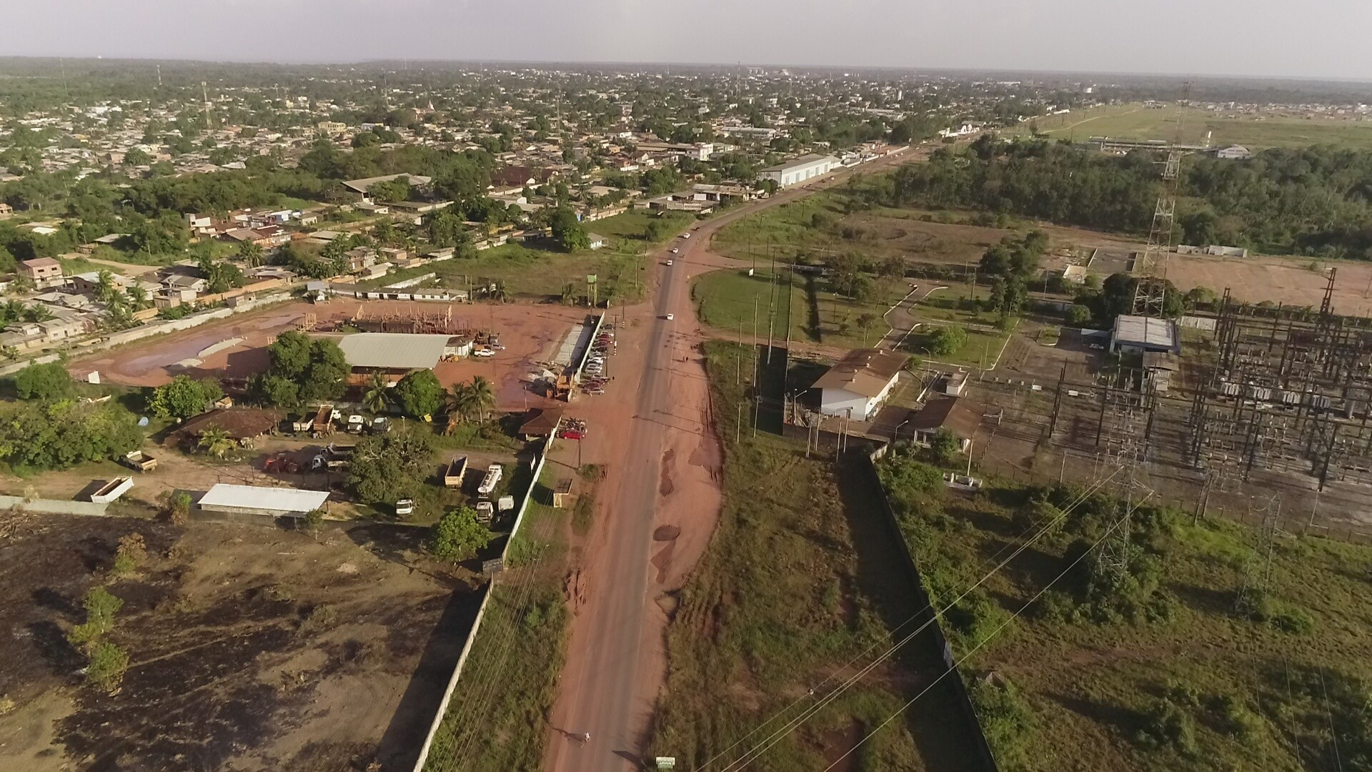 Obra duplica mais 10 quilômetros na Duca Serra para integrar região metropolitana no Amapá - Notícias - Plantão Diário