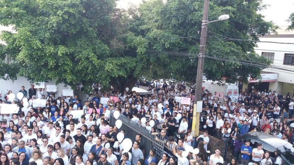 Protesto Paraguai contra a morta da estudante brasileira (Foto: Arquivo Pessoal)
